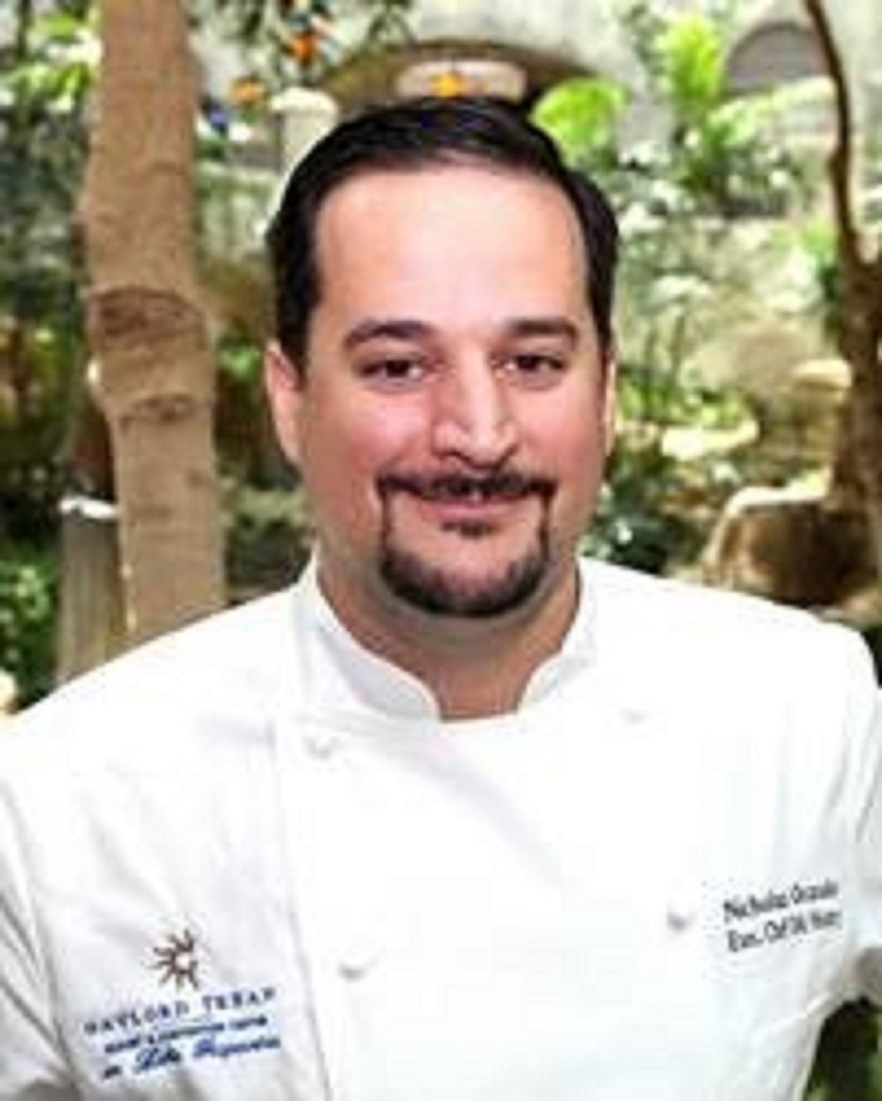Executive chef of Gaylord Texan's Old Hickory Steakhouse to cook with UNT students