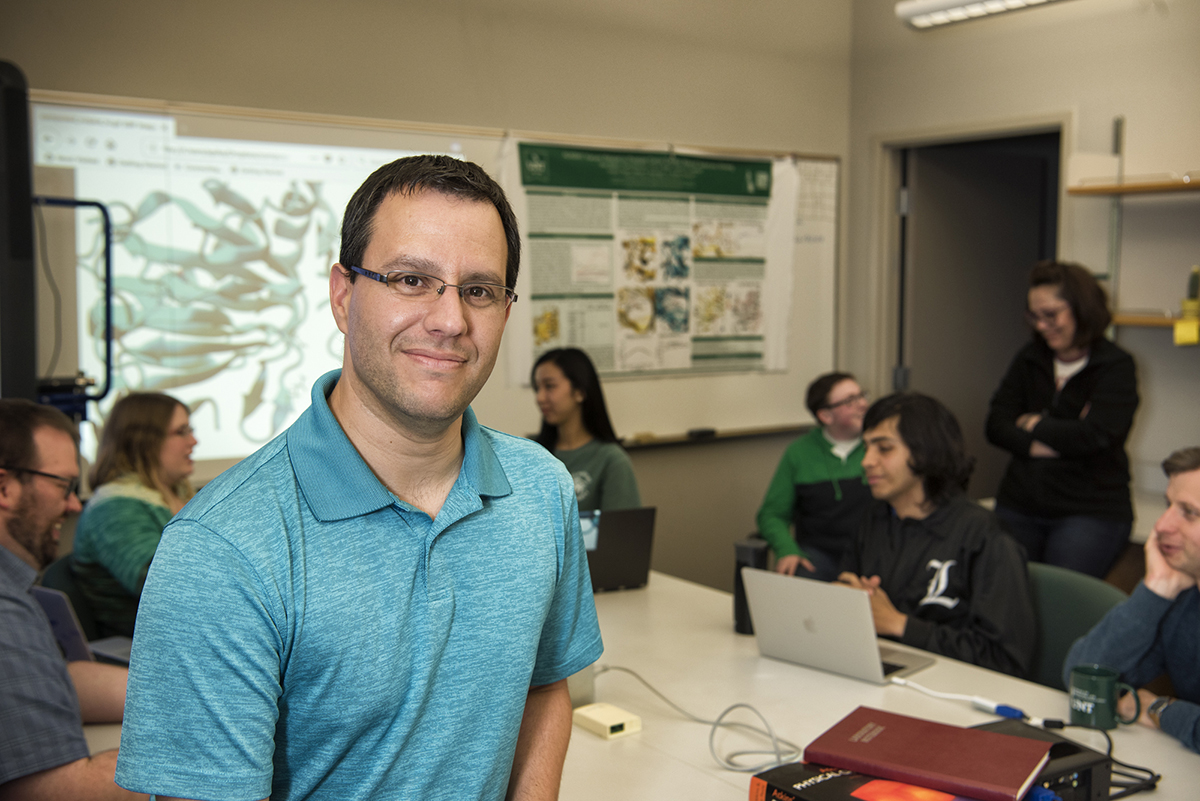 UNT computational chemists use supercomputer simulations to test potential COVID-19 drugs